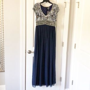 NWT Adriana Papell evening gown